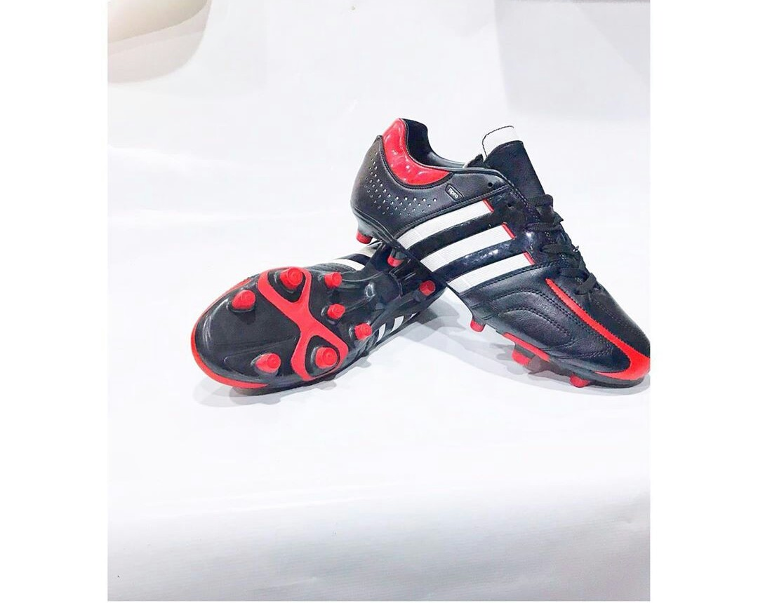 Adidas football boot black